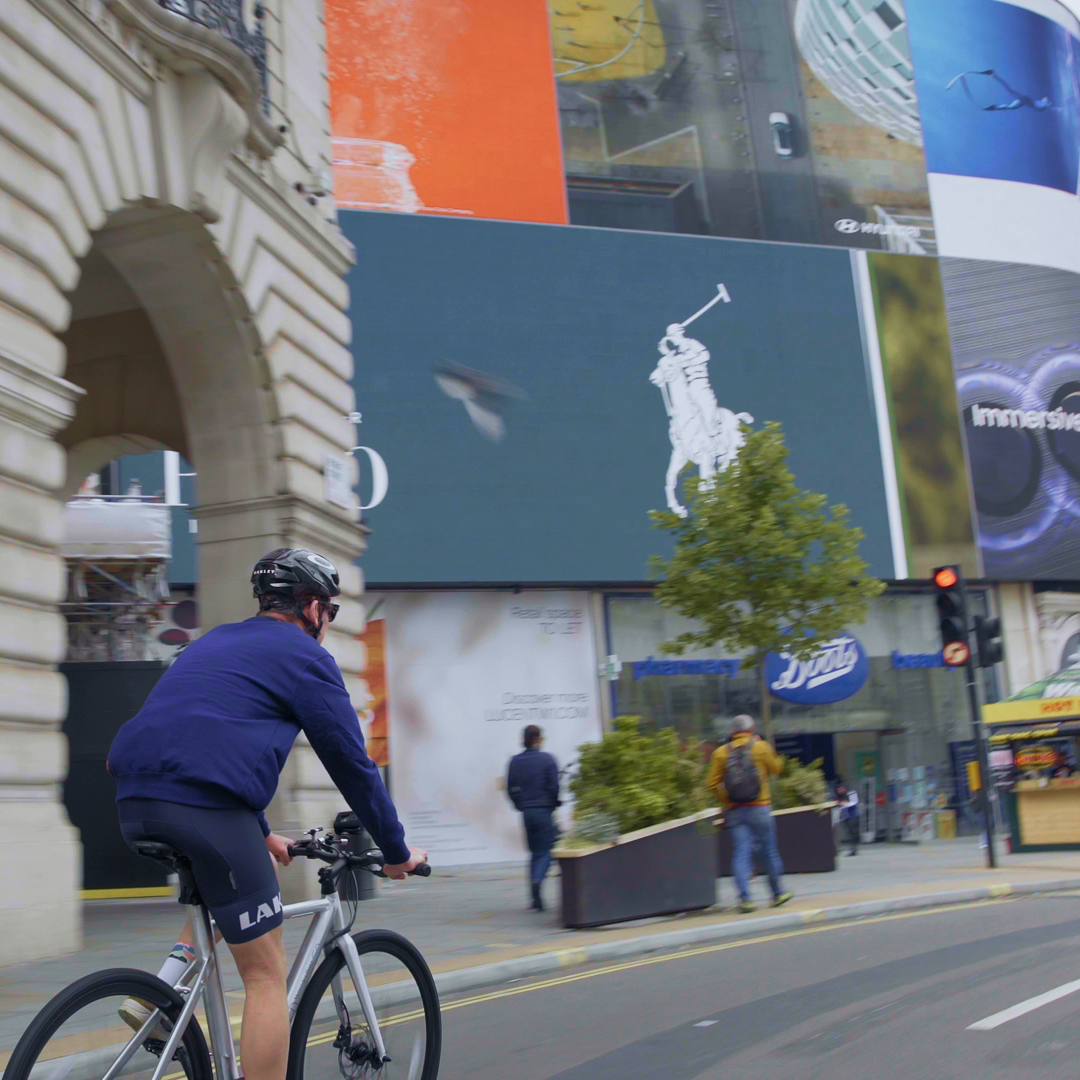 Top 5 E-bike Adventure Rides from London - with Komoot